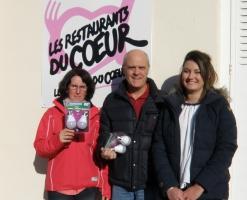 Stephanie, Patrick et Elise pour la remise des ampoules LED aux restos du Coeur